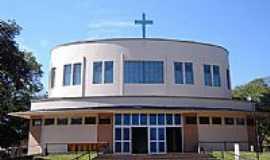 Paranacity - Igreja Matriz de N.S. de Lourdes foto Vicente A. Queiroz