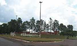 Paranacity - Trevo da cidade de Paranacity PR por Lineu Santos