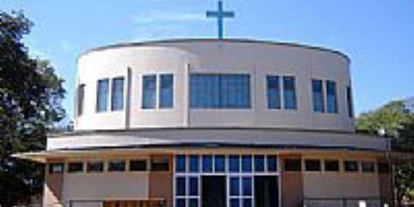 Igreja Matriz de N.S. de Lourdes foto Vicente A. Queiroz