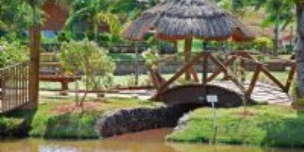 Lagoa dourada (área de lazer) - distrito de Paranagi, município de Sertaneja-PR, Por ACIR MANDELLO