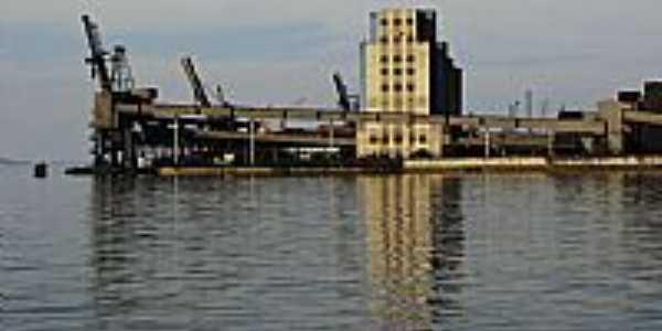 Porto de Paranaguá-PR-Foto:André Bonacin