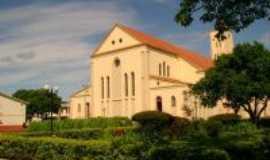 Peabiru - Igreja Matriz Fundos, Por theflash.line
