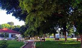 Perobal - Praça Padre Sebaldo Bruxel em Perobal PR - Por Ricardo Mercadante