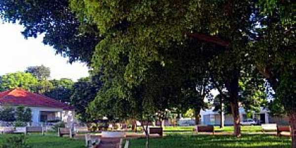 Praça Padre Sebaldo Bruxel em Perobal PR - Por Ricardo Mercadante