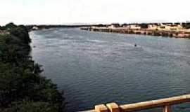 Ibotirama - Ponte sobre o Rio S�o Francisco em Ibotirama-Foto:adrianokmd