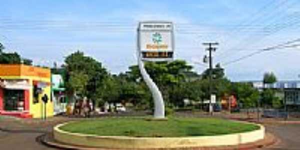 Rotatória em Pérola D´Oeste-Foto:samucahop