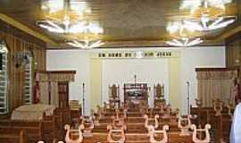 Pinhais - Interior da Igreja da Congregação Cristã do Brasil em Pinhais-Foto:Congregação Cristã.NET