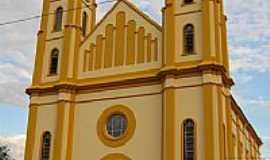 Pinhalão - Igreja Matriz por Elcio Mello