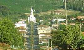 Pinhalão - Vista da Igreja Católica de Pinhalão por Anderson Julia de S...