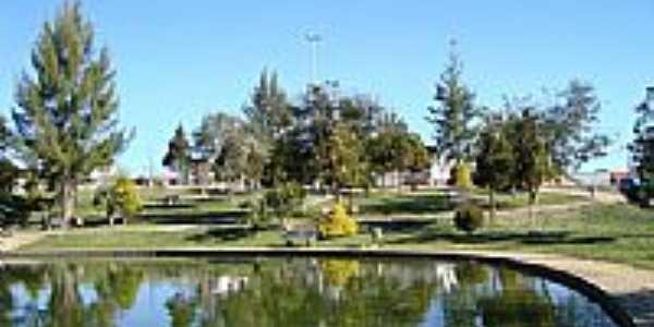Lago na Praça Darci Brolini em Pinhão-Foto:Antonio Alves.