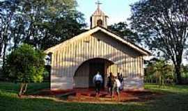 Porecatu - Capela de N. Sra. de Lourdes