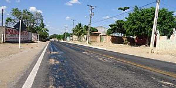 Igará-BA-Rodovia BA-220 no centro da cidade-Foto:www.andorinhazoom.com.br