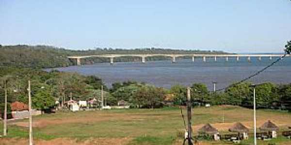 Porto Camargo-PR-Vista da Ponte sobre o Rio Paran�-Foto:CAMARGO