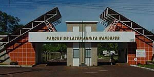Porto Mendes-PR-Portal do Parque de Lazer Annita Wanderer-Foto:www.mcr.pr.gov.br