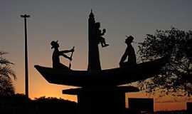 Porto Rico - Porto Rico-PR-Monumento em homenagem � N.Sra.dos Navegantes-Foto:Aluisio Ribeiro 2