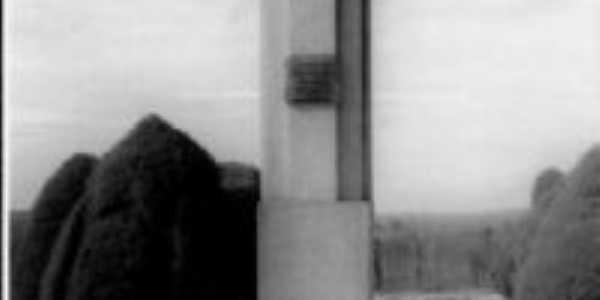 OBELISCO HOMENAGEM AOS PRA�INHAS  MORTOS NA REVOLU��O DE 30, Por JURACY   GUSM�O