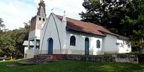 A igreja da Campininha é dedicada ao Senhor Bom Jesus.