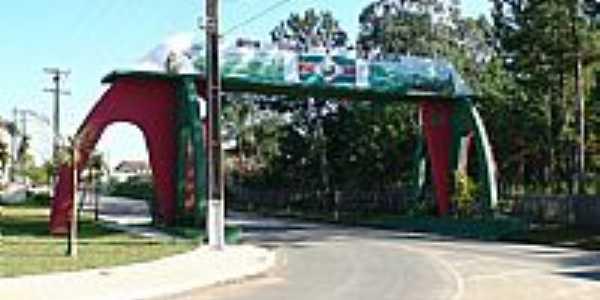 Reserva-PR-Pórtico de entrada da cidade-Foto:Luiz Miyata