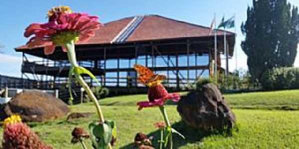 Imagens da cidade de Reserva do Iguaçu - PR
