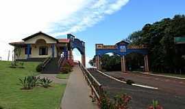 Ribeirão Claro - Centro de Informações Turísticas e Portal de Entrada