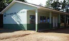 Rio Branco do Sul - Rio Branco do Sul-PR-Escola Municipal Rural José de Anchieta-Foto:Elétro Motores Itaperuçu