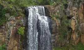 Rio das Pedras - Rio das Pedras-PR-Cachoeira-Foto:www.aguasparana.pr.gov.br
