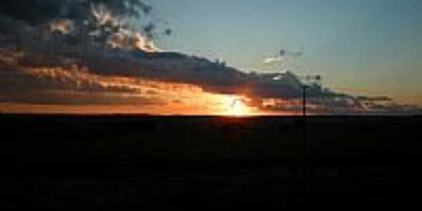 Roberto Silveira-PR-Pôr do Sol-Foto:weslencunha