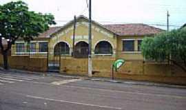 Santa Am�lia - Grupo Escolar-Foto:Elieser Ramos