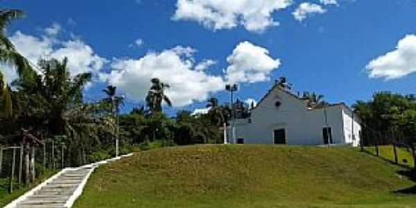 A igreja de Nossa Senhora das Neves em Ilha de Maré - BA