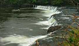 Santa Mariana - Cachoeira Laranjinha por Erico Christmann