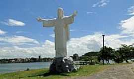 Ilh�us - Cristo no Pontal em Ilh�us-BA-Foto:Caio Graco Machado
