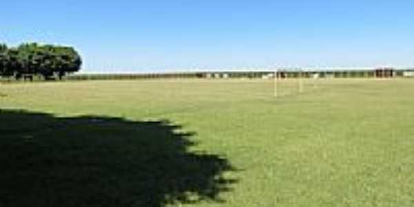 Campo de Futebol na Comunidade Santa Rita-Foto:Ricardo Mercadante