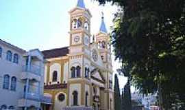Santo Ant�nio da Platina - Igreja Matriz de Santo Antonio de P�dua foto Vicente A. Queiroz