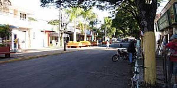 São João do Caiuá-PR-Rua central-Foto:saojoaocaiua.blogspot.