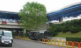 São José dos Pinhais - Entrada do Aeroporto Afonso Pena em São José dos Pinhais-Foto:Enio