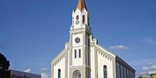 Catedral de São José em São José dos Pinhais-PR-Foto:Vicente A. Queiroz