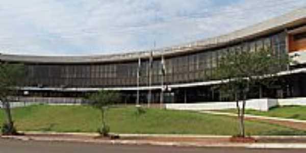 São Miguel do Iguaçu-PR-Vista parcial do prédio da Prefeitura Municipal-Foto:Ricardo Mercadante