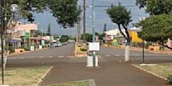 Praça e Avenida São Paulo em São Pedro do Iguaçu -PR-Foto:Ricardo Mercadante