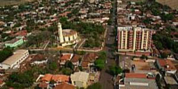 São Pedro do Ivaí-PR-Vista aérea da Igreja e centro da cidade-Foto:juliocesarsilvalino.