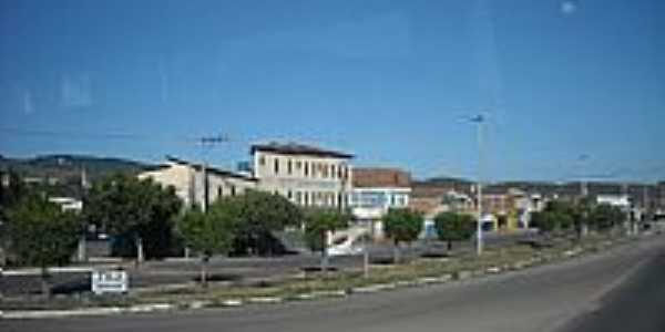 Rodovia BR-052 cruzando a cidade de Ipir�-BA-Foto:magalh�es jaime