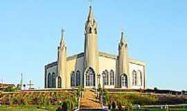 São Roque - Igreja no Distrito de São Roque-Foto:rafaelsturm2