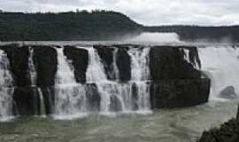 Saudade do Igua�u - Queda da Usina Salto Santiago em Saudade do Igua�u-PR-Foto:Henrique von Hertwig�