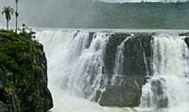Saudade do Iguaçu - Queda do Rio Iguaçu em Saudade do Iguaçu-PR-Foto:Henrique von Hertwig…