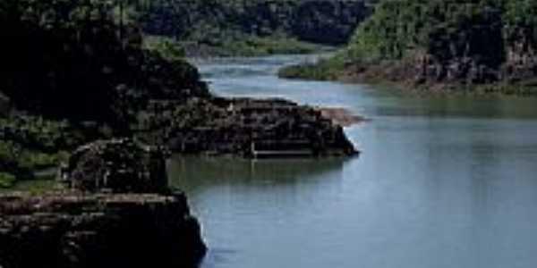 Rio Iguaçu em Saudade do Iguaçu-PR-Foto:Loivinho A.M.França