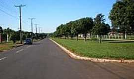 Serra dos Dourados - Avenida Central em Serra dos Dourados-Foto:Udson Pinho