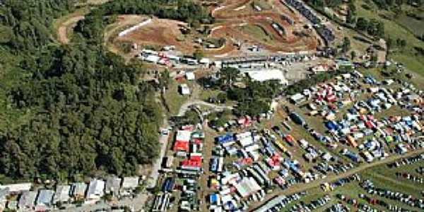 Siqueira Campos-PR-Vista aérea do Centro de Treinamento da Pro Tork-Foto:www.rh41.com.br