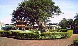 Tamarana - Praça Central - por pedro_S_M