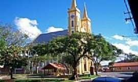 Tomazina - Igreja Matriz foto por Rubens Galv�o (Panoramio)