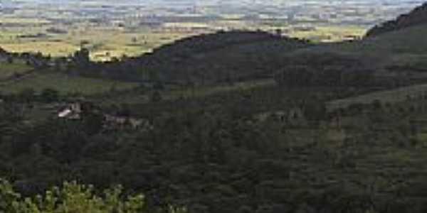 Vista de Triolândia, em primeiro plano-Foto:PC Felizardo
