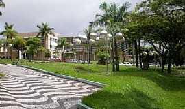 Umuarama - Umuarama-PR-Praça Henio Romagnoli-Foto:Udson Pinho